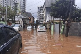Several streets flooded in coastal city of Batumi